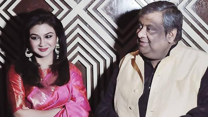 'বিজয়া' ছবির প্রচারণায় জয়া আহসান এবং পরিচালক ও অভিনেতা কৌশিক গাঙ্গুলী
