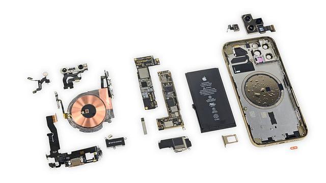 আইফোন ১২ প্রোর ভেতরে যা যা থাকে