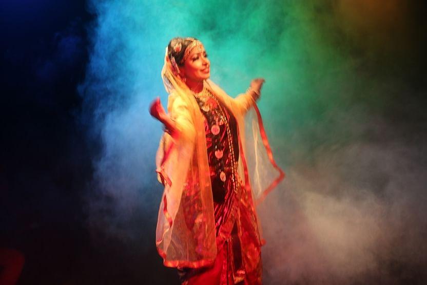 স্বপ্নদলের 'চিত্রাঙ্গদা' প্রযোজনাটি ২০১১-এ সার্ধশত রবীন্দ্রবর্ষ সরকারের সংস্কৃতিবিষয়ক মন্ত্রণালয়ের অনুদানে নির্মিত হয়