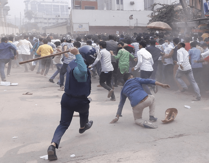 A rally of Bangladesh Nationalist Party has been foiled in front of the National Press Club in Dhaka after police charged baton on Saturday.